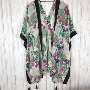 NWT Gibson Latimer Floral Print Kimono Tassels